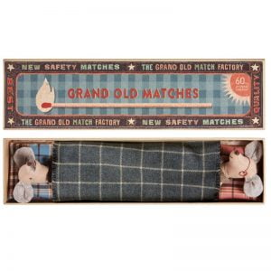 Maileg Grandma & Grandpa in Matchbox