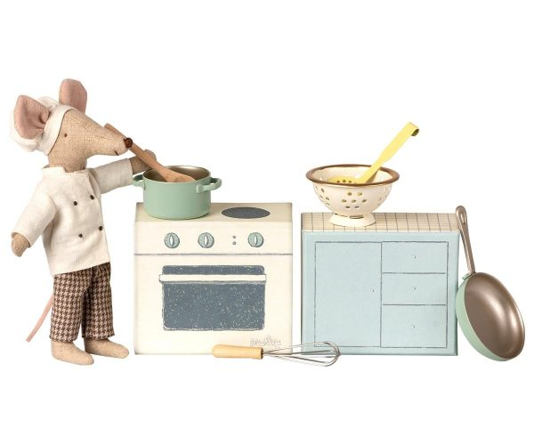 Maileg Cooking Set with Mouse