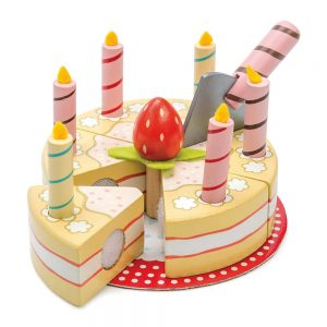 Le Toy Van Wooden Birthday Cake