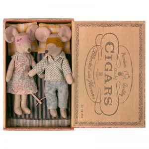 Maileg Mum and Dad in Cigar Box
